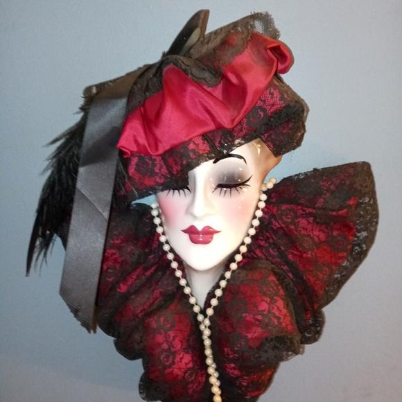 Victorian ladies head wall dressing.